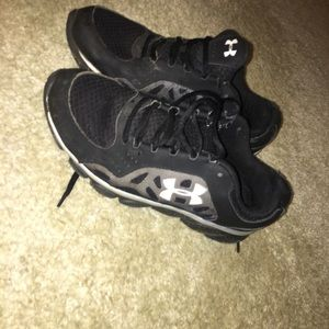 Men's under armour shoes